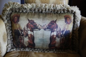 horse and cowgirls pillows
